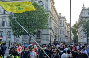 FeaturedImage_2019-02-28_Flickr_Hezbollah_London_27867899787_34593bc867_k